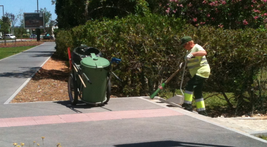 Vilamoura street cleaning comes of age!